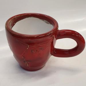 Puodukas espreso raudonas