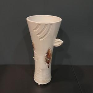 Vaza taurė su lapais vidutinė balta