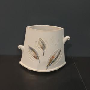 Vaza trapecinė siaurėjanti vidutinė balta