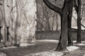 Arūnas Baltėnas / Vilnius. Pranciškonų gatvė / 1987 / Autorinis sidabro bromido atspaudas / 22 x 29