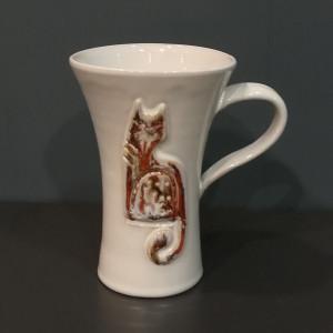Puodukas taurė didelis su katinais baltas