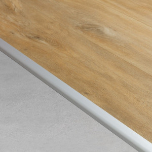 Jungiamasis profilis vinilui Rigid NEVRADPSILV, 31x8,5 mm, 2 m, Quick Step