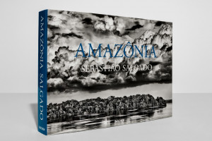 "Sebastiao Salgado / ""Sebastiao Salgado. Amazonia"" / 2021 / knyga / leidykla ""Taschen"""