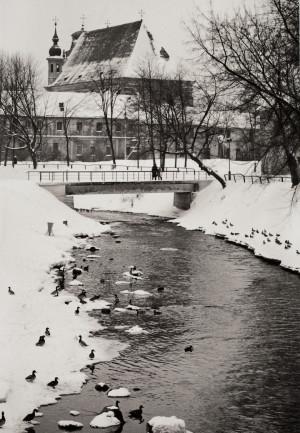 Arūnas Baltėnas / Vilnius. Šv. Mykolo bažnyčia / 1987 / Autorinis sidabro bromido atspaudas / 29 x 20,7