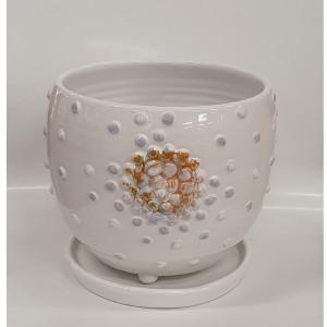 Apvalus vazonas su burbuliukais ir lėkšte mažas baltas