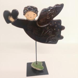 Angeliukas ant stovelio mažas rudas