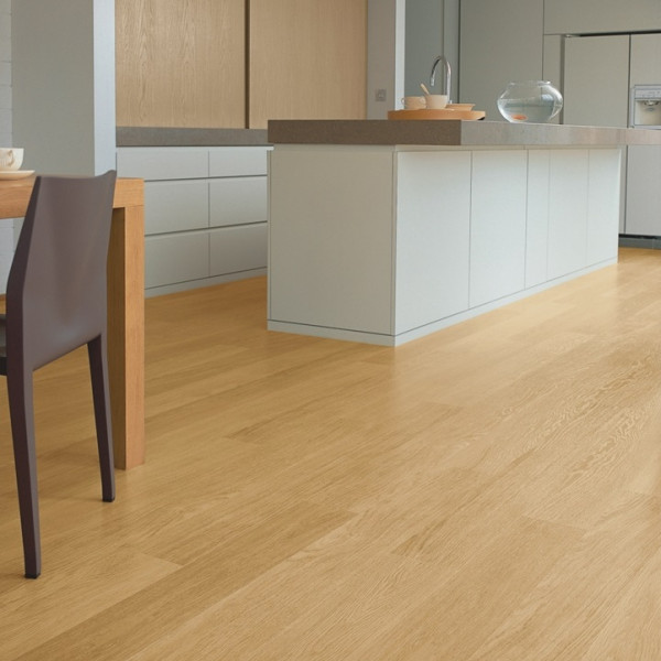 Laminuotos grindys Quick-Step, Natūralios lakuoto ąžuolo lentos, EL896_1