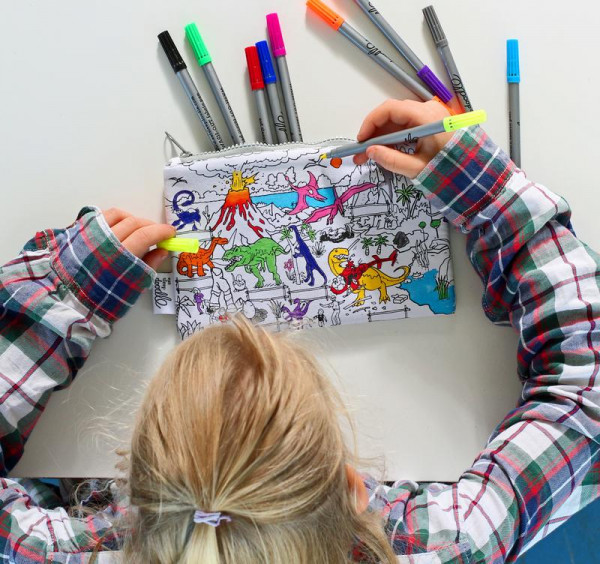 "Doodle penalas ""Dinozaurai"" 22 x 14 cm su spalvotais rašikliais"