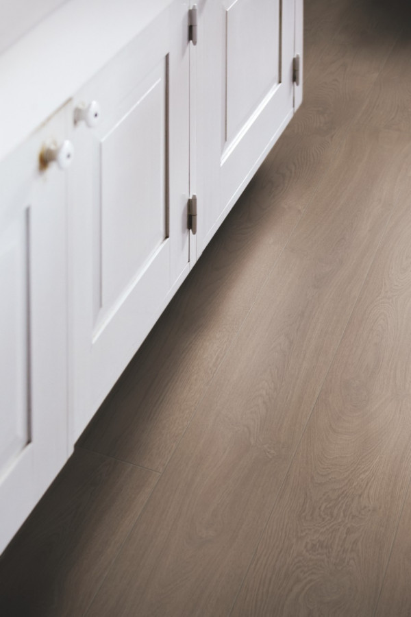 Laminuotos grindys Pergo, Burnt ąžuolas, L0223-01757_1