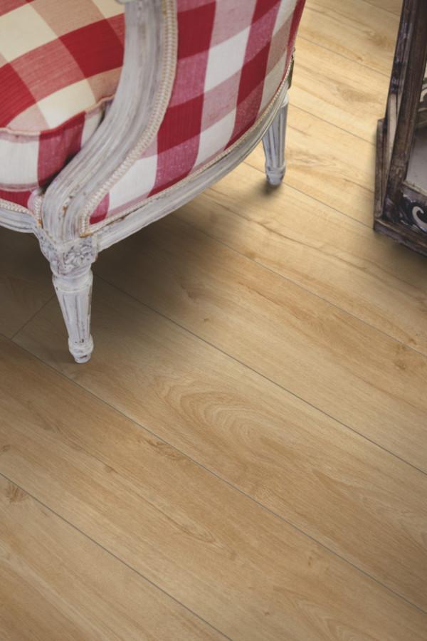 Laminuotos grindys Pergo, Classic gelsvas ąžuolas, L0223-03359_1
