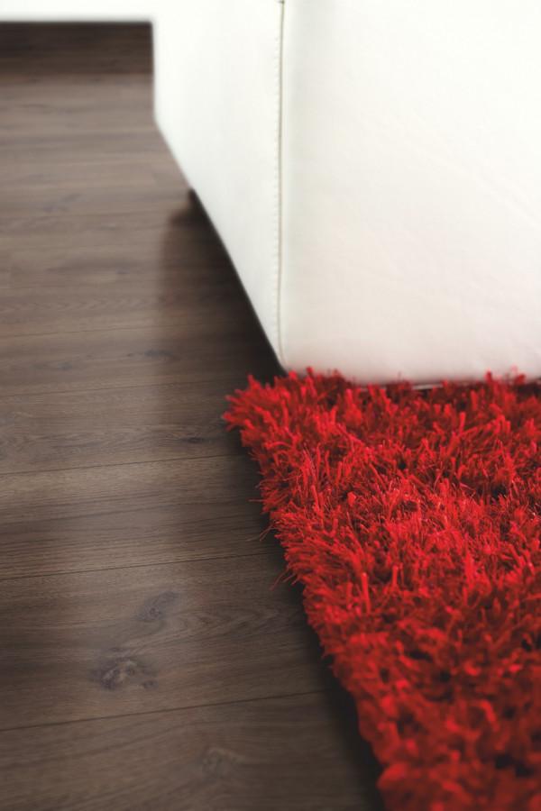 Laminuotos grindys Pergo, Chocolate ąžuolas, L0323-01754_1