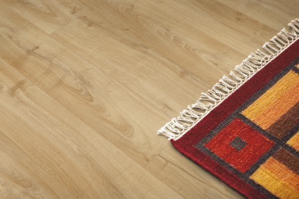 Laminuotos grindys Pergo, Classic gelsvas ąžuolas, L0323-03359_1