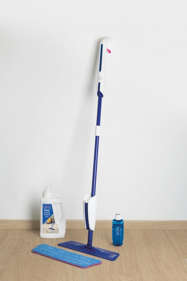 Šluota su šluoste ir purkštuku Quick Step Cleaning Kit
