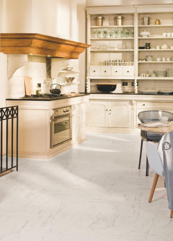 Laminuotos grindys Quick-Step, marmurinė Carrara, UF1400_1