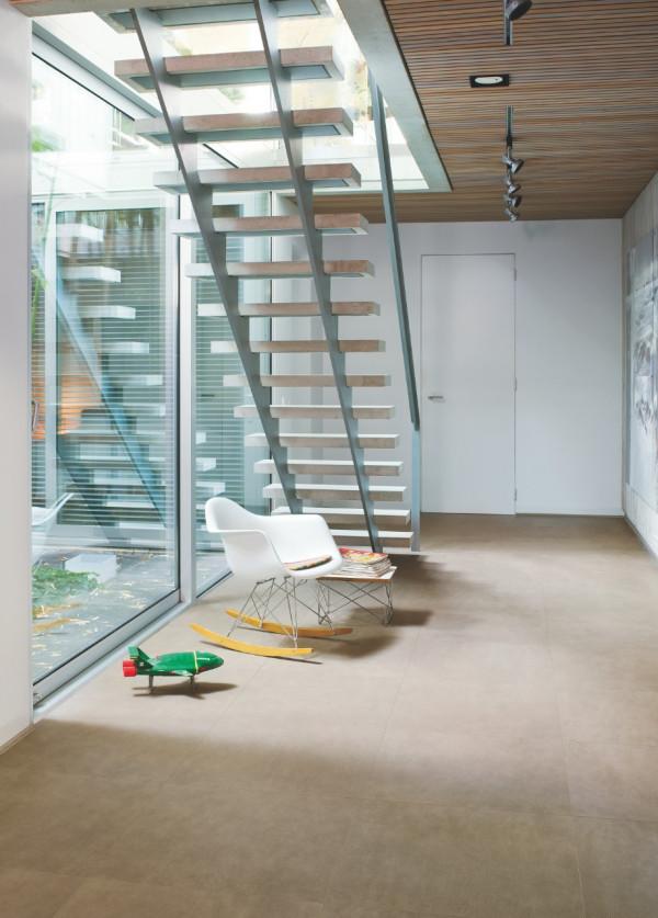 Laminuotos grindys Quick-Step, tamsi odinė plytelė, UF1402_1